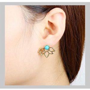 💋4/$25💋3-pc Multi-Way Turquoise Lotus Earrings🌸